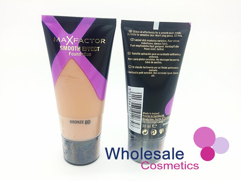 12 x Max Factor Smooth Effect Foundation 30ml - 80 Bronze