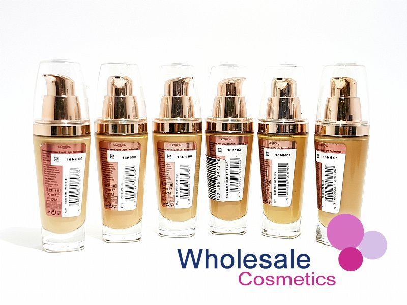 12 x L'Oreal Lumi Magique Light Infusing Foundation - ASSORTED