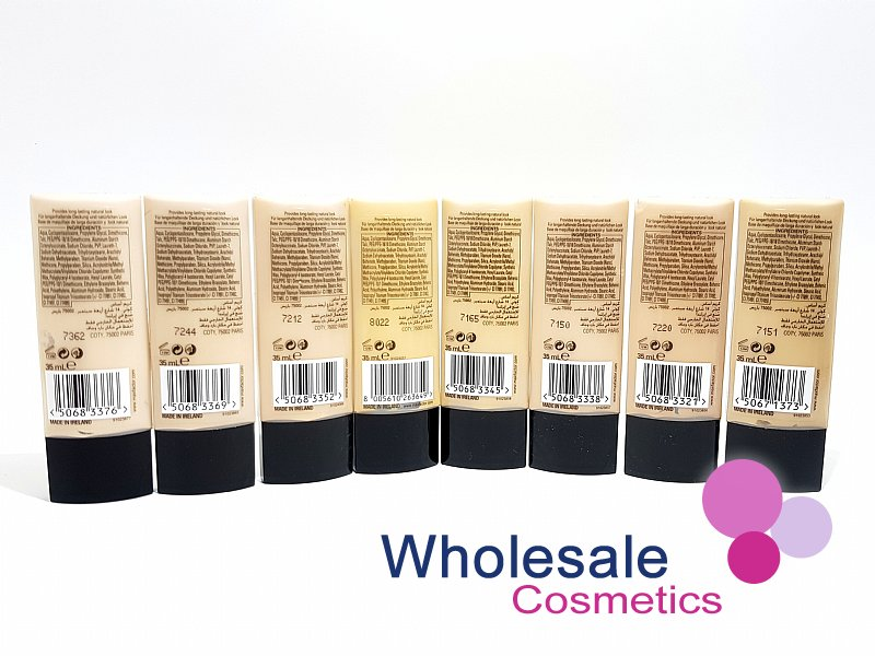 24 x Max Factor Lasting Performance Touch Proof Foundation - ASSORTED