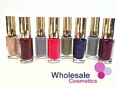 33 x L'Oreal Color Riche Nails - Assorted