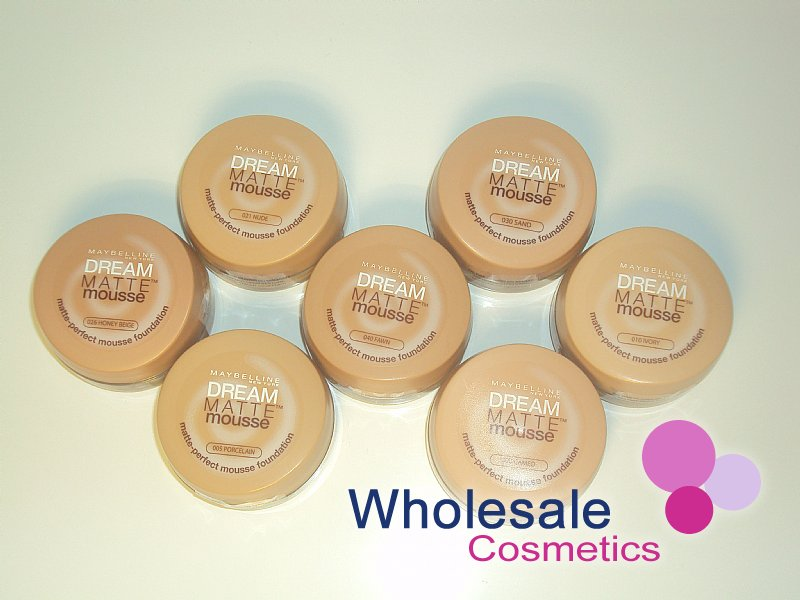 Wholesale Cosmetics 12 X Maybelline Dream Matte Mousse Foundation